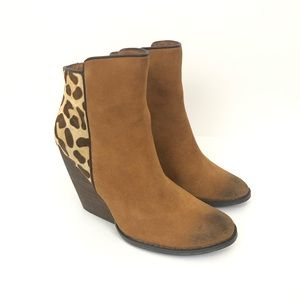 Very Volatile Chatter Animal Print Ankle Bootie